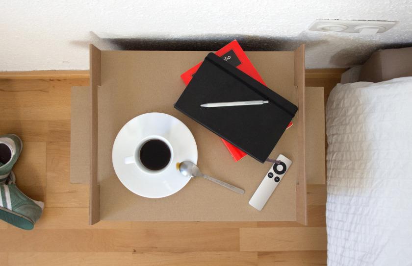 Mueble de cartón: Bandeja Nit. Adrián Candela